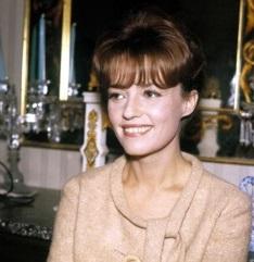 Focus Astro celebrity: Jeanne Moreau