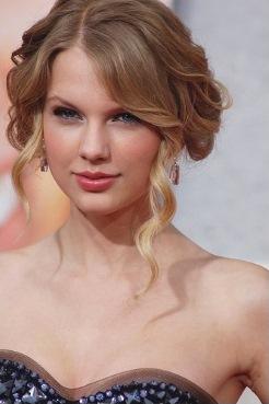 Taylor Swift, a famous Sagittarius woman